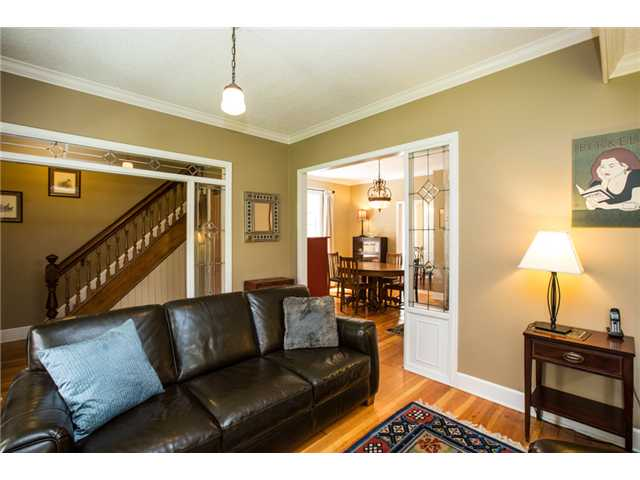 Photo 4: 227 REGINA Street in New Westminster: Queens Park House for sale : MLS® # V1065391
