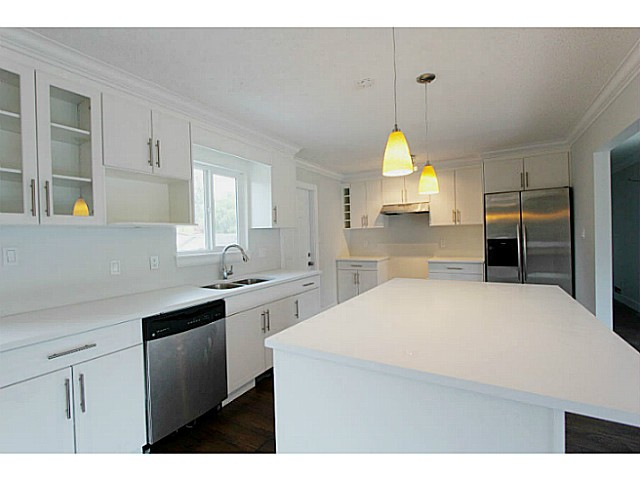 Photo 7: 33247 RAVINE Avenue in Abbotsford: Central Abbotsford House for sale : MLS(r) # F1441673