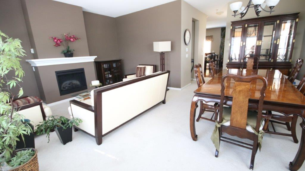 "Photo 4: 74 8089 209 Street in Langley: Willoughby Heights Townhouse for sale in ""Arborel Park"" : MLS® # R2025871"