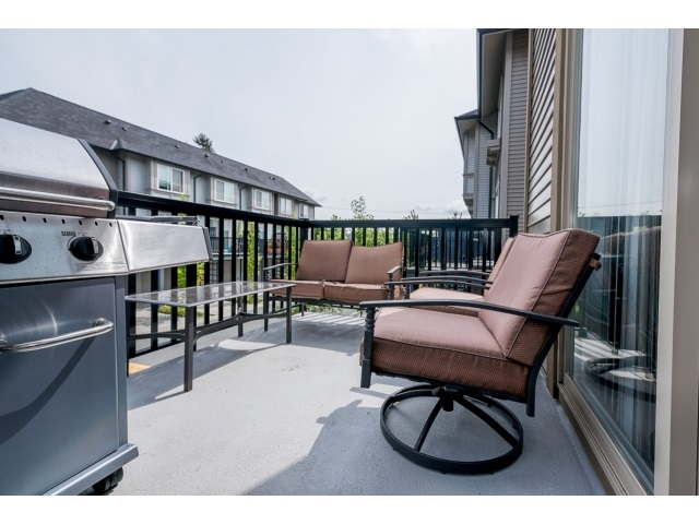 "Photo 17: 54 6450 187 Street in Surrey: Cloverdale BC Townhouse for sale in ""HILLCREST"" (Cloverdale)  : MLS® # R2062172"
