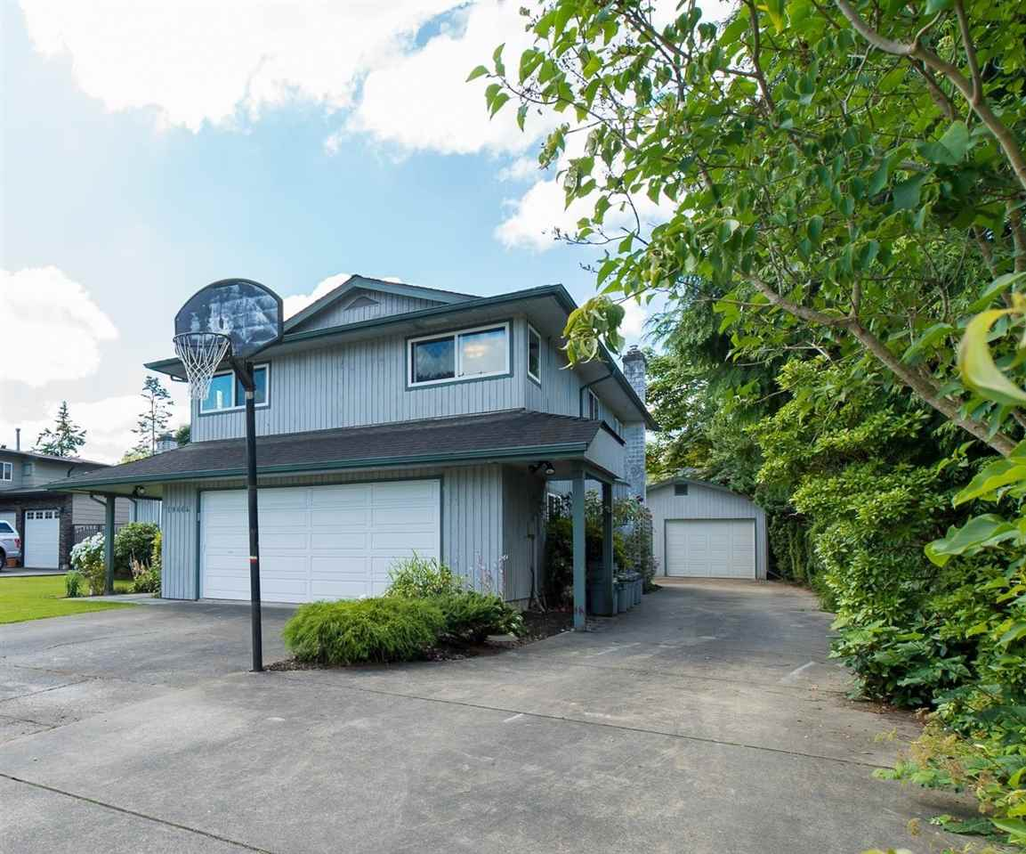 "Photo 2: 19864 48A Avenue in Langley: Langley City House for sale in ""Mason Heights Area"" : MLS(r) # R2086596"