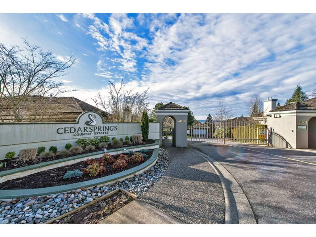"Main Photo: 20 4001 OLD CLAYBURN Road in Abbotsford: Abbotsford East Townhouse for sale in ""Cedar Springs"" : MLS®# R2122371"