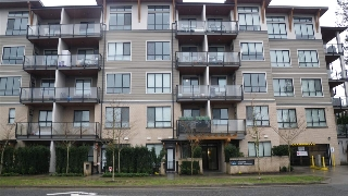 "Main Photo: 308 15388 105 Avenue in Surrey: Guildford Condo for sale in ""G3 RESIDENCES"" (North Surrey)  : MLS® # R2150646"