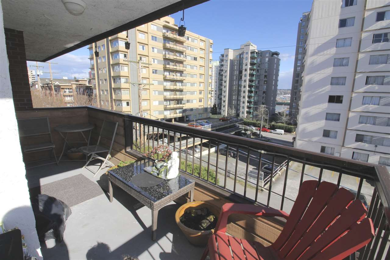 Photo 11: 309 410 AGNES Street in New Westminster: Downtown NW Condo for sale : MLS(r) # R2151160