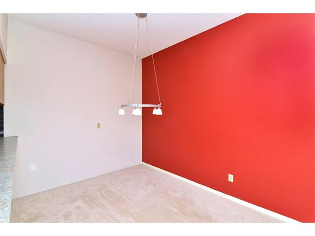 Photo 12: 102 2011 UNIVERSITY Drive NW in Calgary: University Heights Condo for sale : MLS® # C4108581