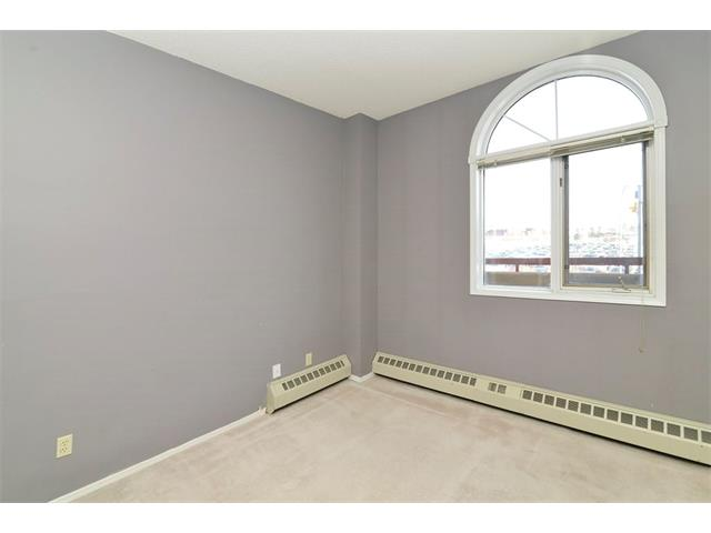 Photo 18: 102 2011 UNIVERSITY Drive NW in Calgary: University Heights Condo for sale : MLS® # C4108581