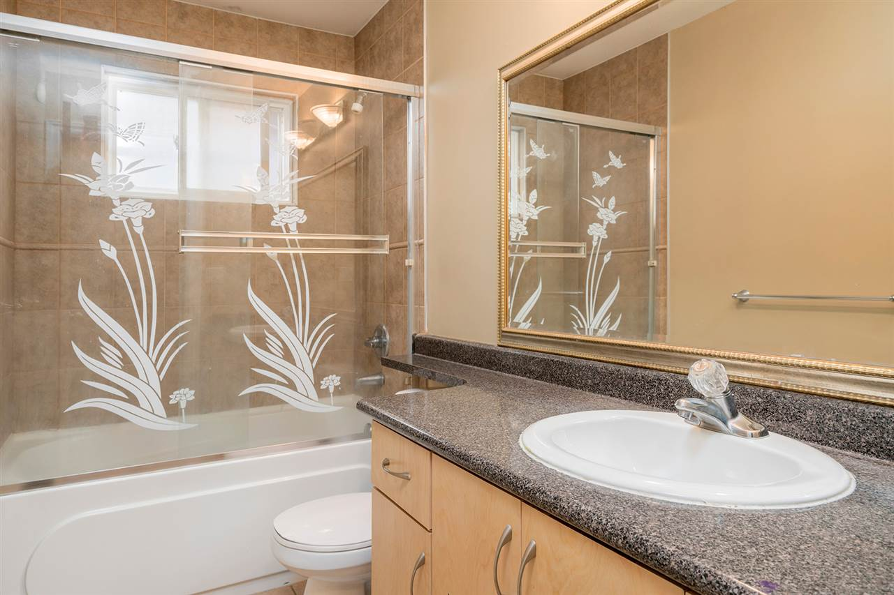 Photo 13: 495 E 58TH Avenue in Vancouver: South Vancouver House for sale (Vancouver East)  : MLS® # R2156314
