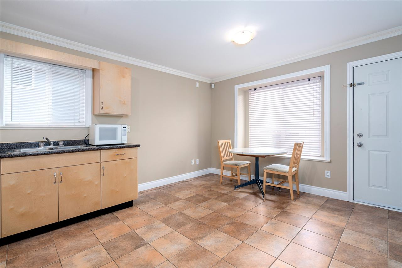 Photo 12: 495 E 58TH Avenue in Vancouver: South Vancouver House for sale (Vancouver East)  : MLS® # R2156314