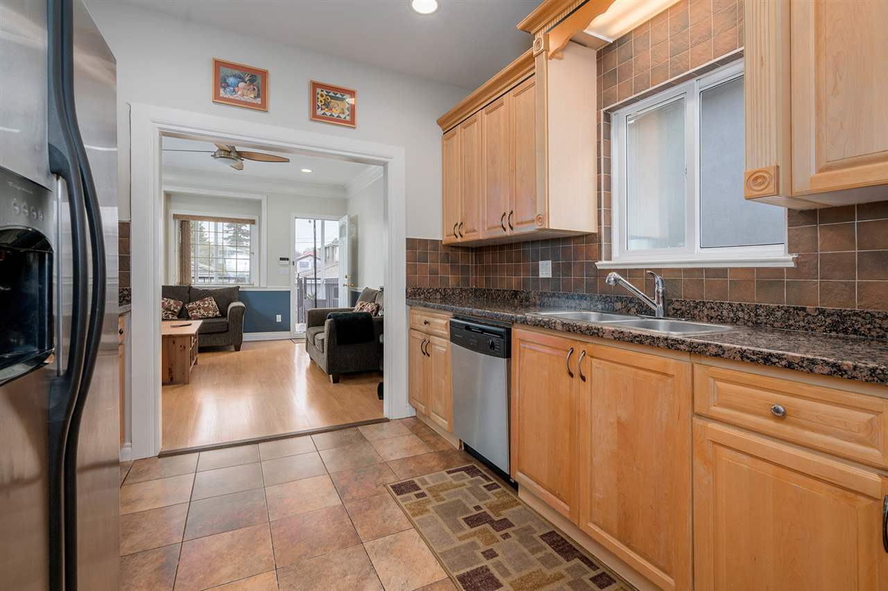 Photo 5: 495 E 58TH Avenue in Vancouver: South Vancouver House for sale (Vancouver East)  : MLS® # R2156314