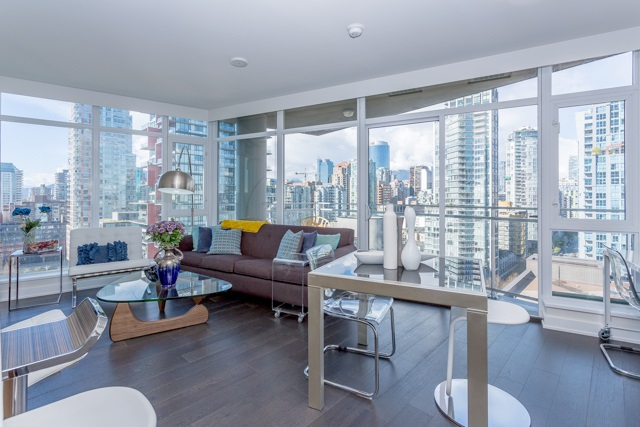 "Main Photo: 2003 1372 SEYMOUR Street in Vancouver: Downtown VW Condo for sale in ""THE MARK"" (Vancouver West)  : MLS®# R2159400"