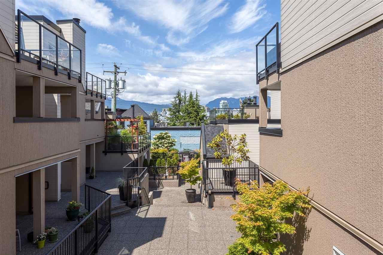 "Photo 16: 25 1350 W 6TH Avenue in Vancouver: Fairview VW Condo for sale in ""Pepper Ridge"" (Vancouver West)  : MLS® # R2177232"