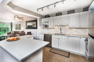 "Main Photo: 217 2678 DIXON Street in Port Coquitlam: Central Pt Coquitlam Condo for sale in ""SPRINGDALE"" : MLS(r) # R2179554"