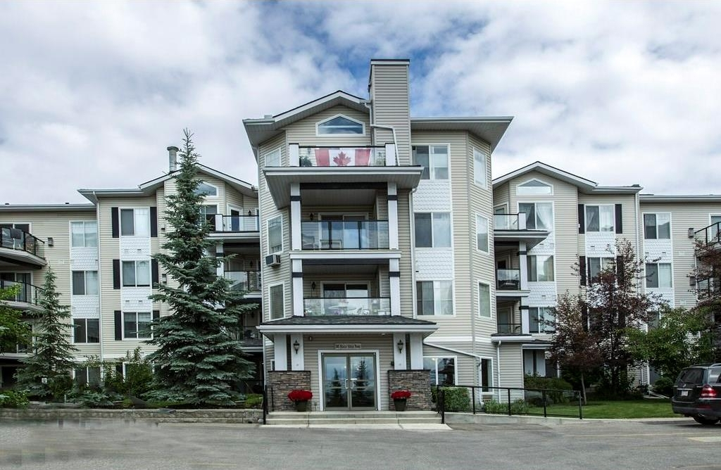 Main Photo: 319 345 ROCKY VISTA Park NW in Calgary: Rocky Ridge Condo for sale : MLS® # C4135965