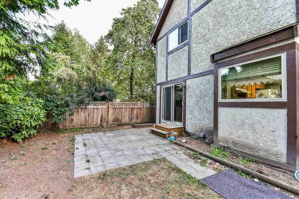 Photo 2: 13123 61A Avenue in Surrey: Panorama Ridge House for sale : MLS® # R2204964