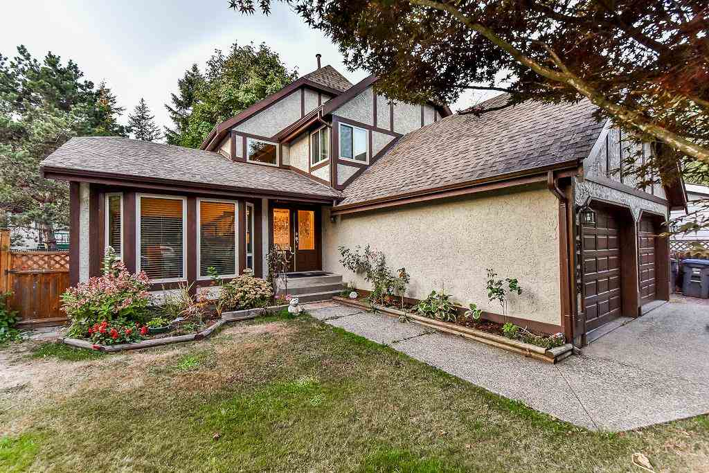 Main Photo: 13123 61A Avenue in Surrey: Panorama Ridge House for sale : MLS® # R2204964