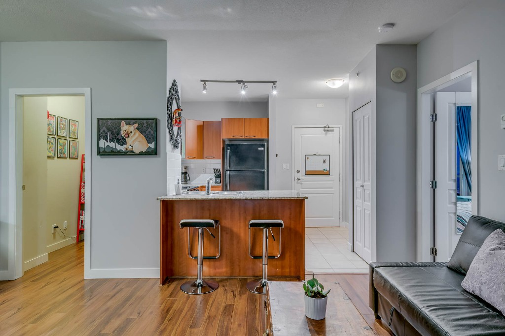 "Photo 10: Photos: 1406 4028 KNIGHT Street in Vancouver: Knight Condo for sale in ""KING EDWARD VILLAGE"" (Vancouver East)  : MLS® # R2206936"