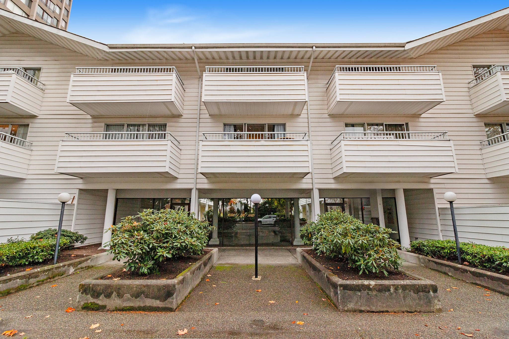 FEATURED LISTING: 107 - 707 EIGHTH Street New Westminster