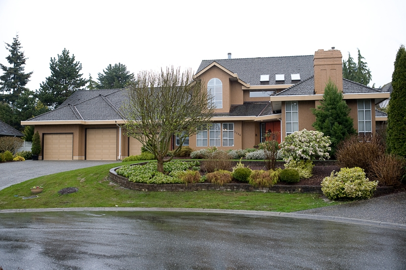 Main Photo: 2286 130A Street in Surrey: Elgin Chantrell House for sale (South Surrey White Rock)  : MLS®# F1108704