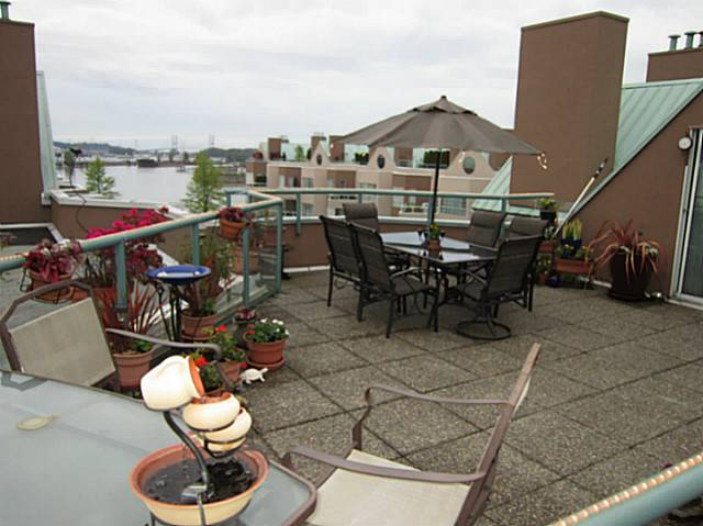 Main Photo: 412 1150 QUAYSIDE Drive in New Westminster: Quay Condo for sale : MLS® # V983336