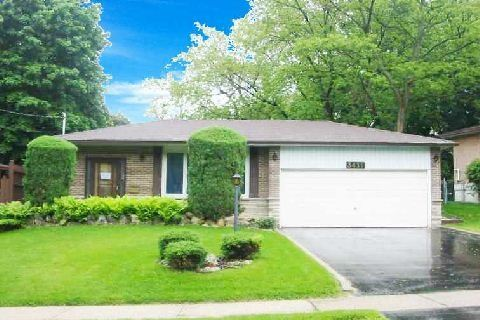 Main Photo: 3411 Credit Heights Drive in Mississauga: Erindale House (Bungalow) for sale : MLS(r) # W3081756