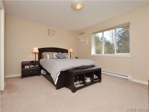 Photo 7: 863 McCallum Road in VICTORIA: La Florence Lake Single Family Detached for sale (Langford)  : MLS(r) # 347712
