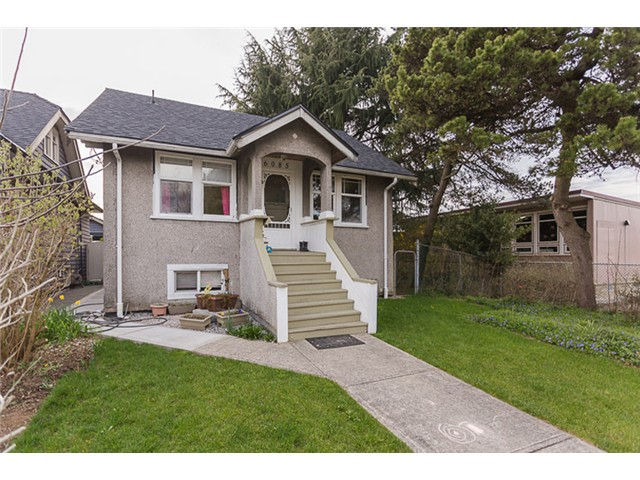 Main Photo: 6085 PRINCE ALBERT Street in Vancouver: Fraser VE House for sale (Vancouver East)  : MLS(r) # V1110991