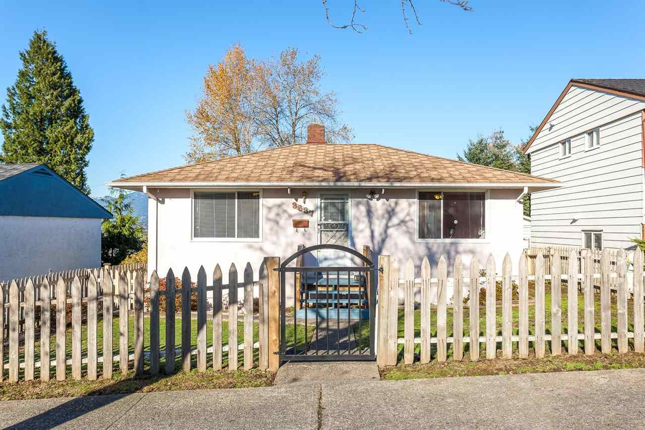 "Main Photo: 3637 HAIDA Drive in Vancouver: Renfrew Heights House for sale in ""RENFREW HEIGHTS"" (Vancouver East)  : MLS®# R2016775"