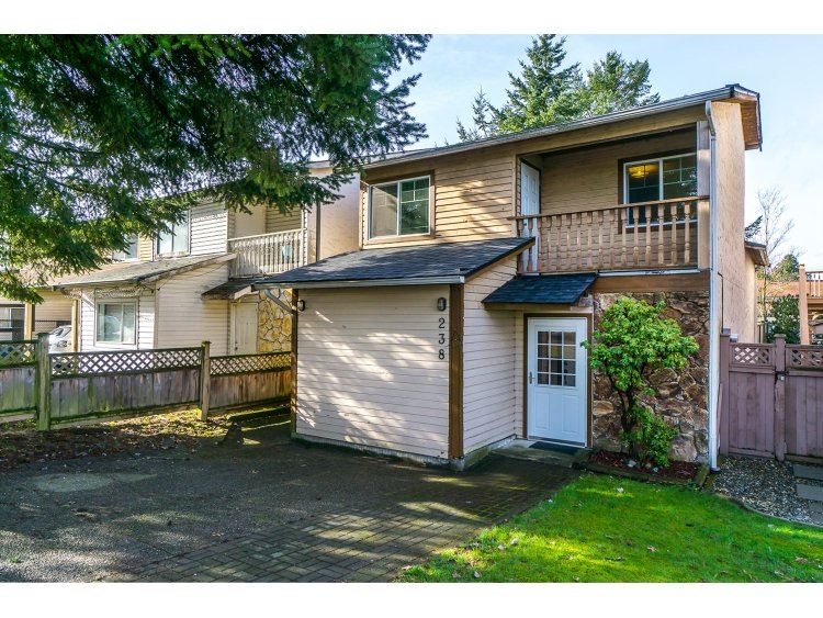 "Main Photo: 238 DAVIS Crescent in Langley: Aldergrove Langley House for sale in ""Springfield"" : MLS® # R2030674"