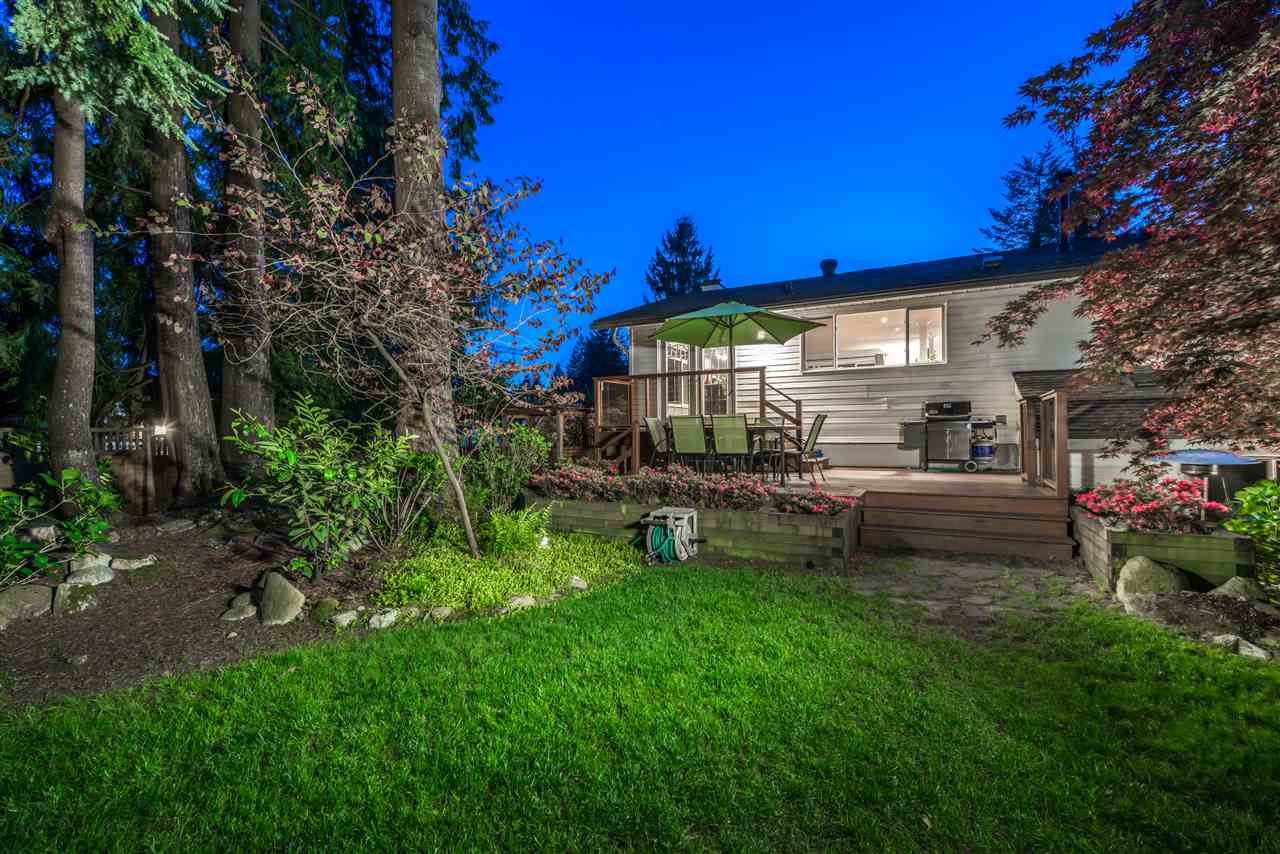 Main Photo: 2959 PINNACLE Street in Coquitlam: Ranch Park House for sale : MLS® # R2078539