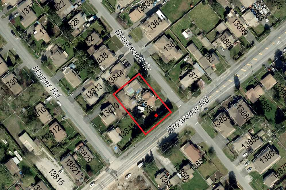 Main Photo: 13857 GROSVENOR Road in Surrey: Bolivar Heights House for sale (North Surrey)  : MLS(r) # R2120906