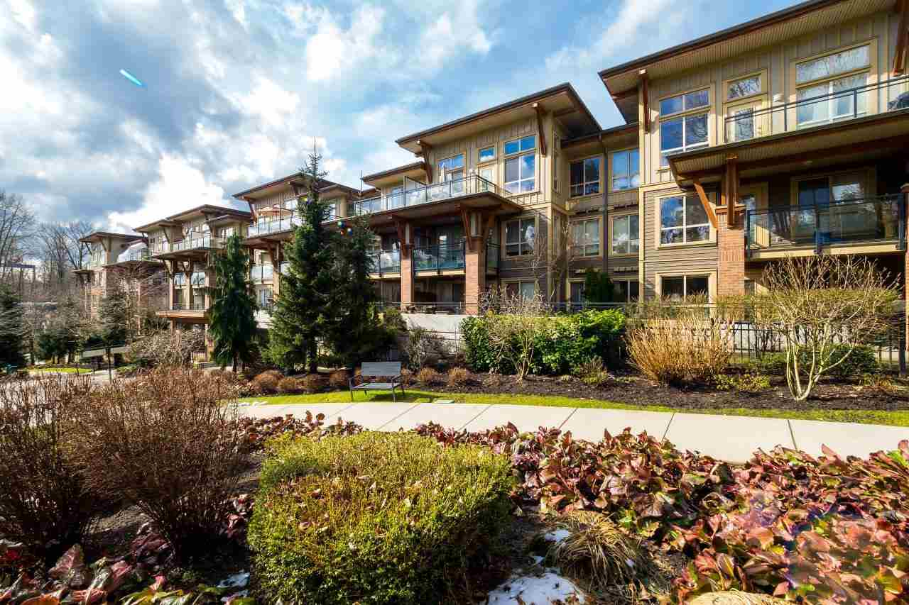 Main Photo: 314 1633 MACKAY Avenue in North Vancouver: Pemberton NV Condo for sale : MLS(r) # R2148211