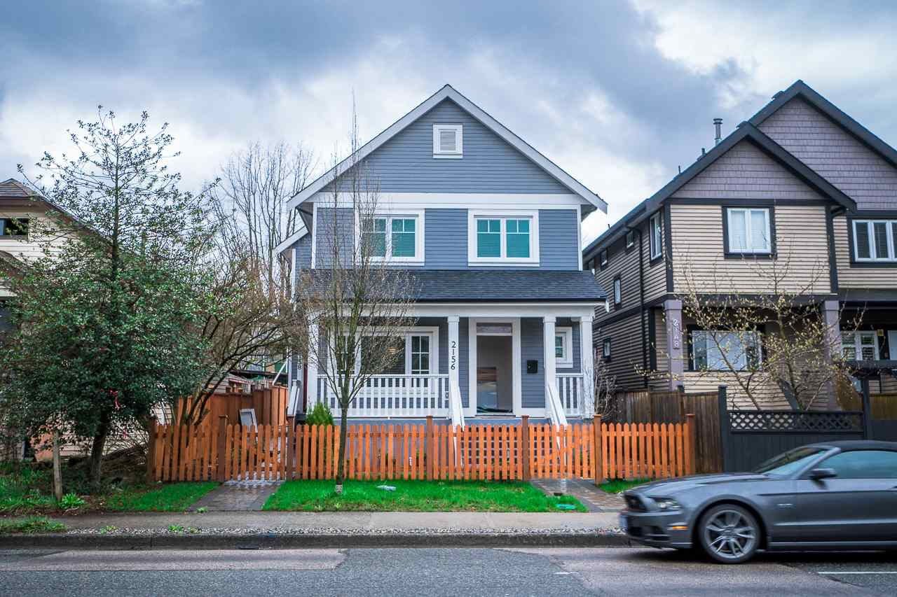 Main Photo: 2156 E 1ST Avenue in Vancouver: Grandview VE House 1/2 Duplex for sale (Vancouver East)  : MLS(r) # R2154573