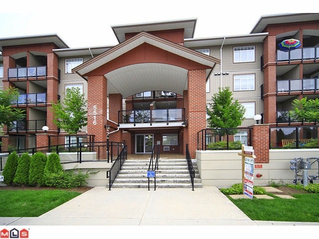 "Main Photo: 217 5516 198 Street in Langley: Langley City Condo for sale in ""MADISON VILLA"" : MLS®# R2163171"