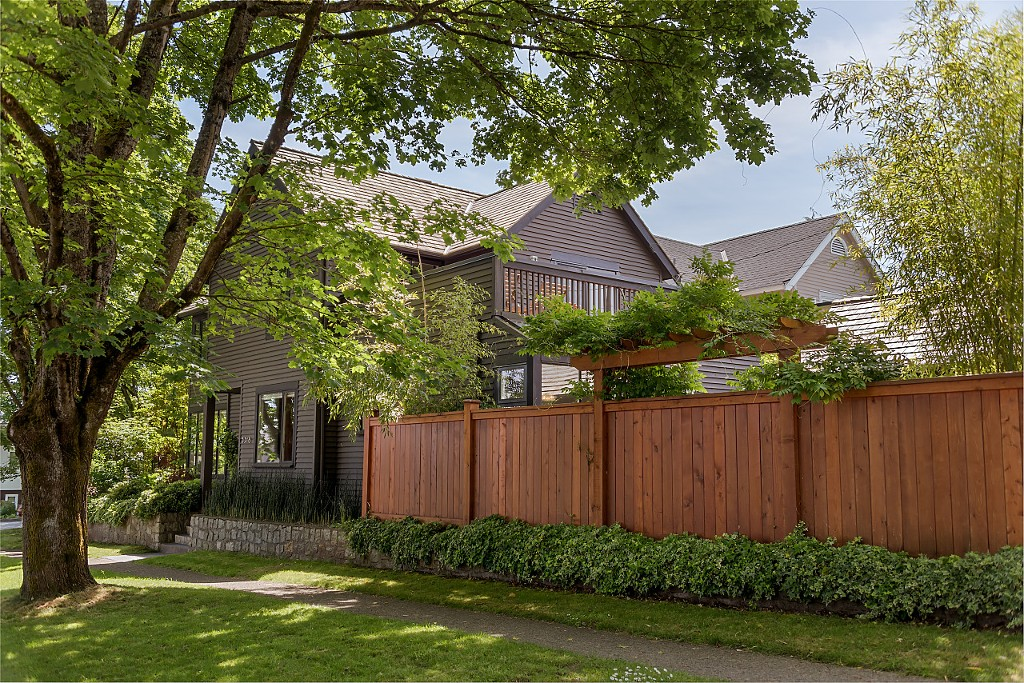 Main Photo: 3318 W 22ND Avenue in Vancouver: Dunbar House for sale (Vancouver West)  : MLS® # R2173270