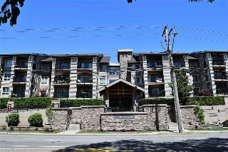 "Main Photo: 112 21009 56 Avenue in Langley: Salmon River Condo for sale in ""Cornerstone"" : MLS(r) # R2174129"