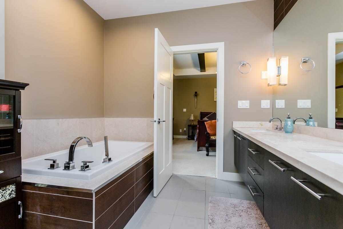 "Photo 12: 42 15977 26 Avenue in Surrey: Grandview Surrey Townhouse for sale in ""THE BELCROFT"" (South Surrey White Rock)  : MLS® # R2178020"