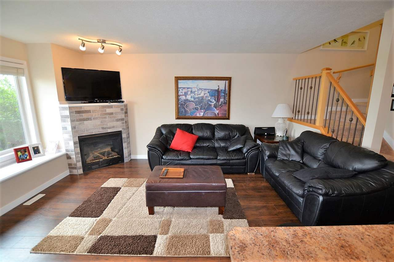 Photo 9: 30 133 EASTGATE Way: St. Albert House Half Duplex for sale : MLS® # E4076658