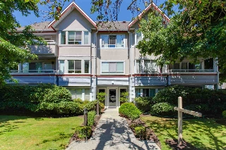 "Main Photo: 206 1845 W 7TH Avenue in Vancouver: Kitsilano Condo for sale in ""HERITAGE ON CYPRESS"" (Vancouver West)  : MLS® # R2196440"