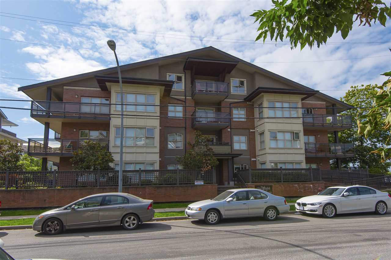 Main Photo: 201 1988 SUFFOLK Avenue in Port Coquitlam: Glenwood PQ Condo for sale : MLS®# R2202369