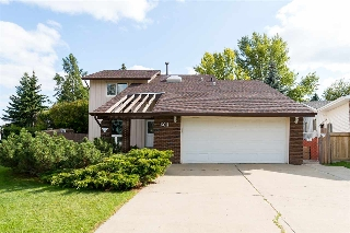 Main Photo: 6611 185 Street in Edmonton: Zone 20 House for sale : MLS® # E4083765
