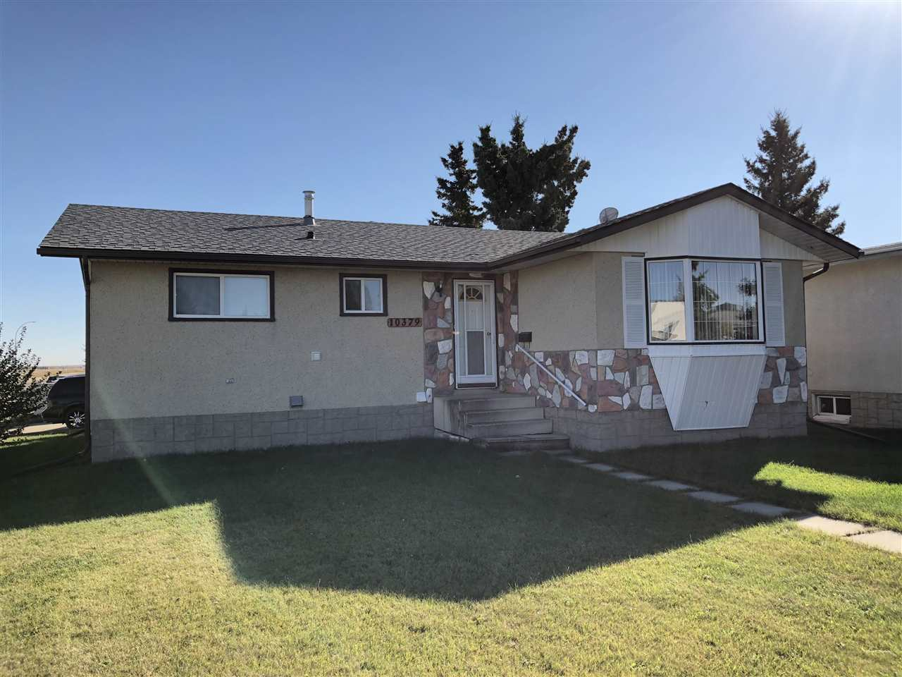 Main Photo: 10379 108 Avenue: Westlock House for sale : MLS® # E4084540