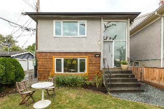 "Main Photo: 2020 VICTORIA Drive in Vancouver: Grandview VE House for sale in ""COMMERCIAL DRIVE"" (Vancouver East)  : MLS® # R2213057"