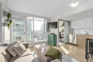 "Main Photo: 802 1618 QUEBEC Street in Vancouver: Mount Pleasant VE Condo for sale in ""Central"" (Vancouver East)  : MLS® # R2220580"