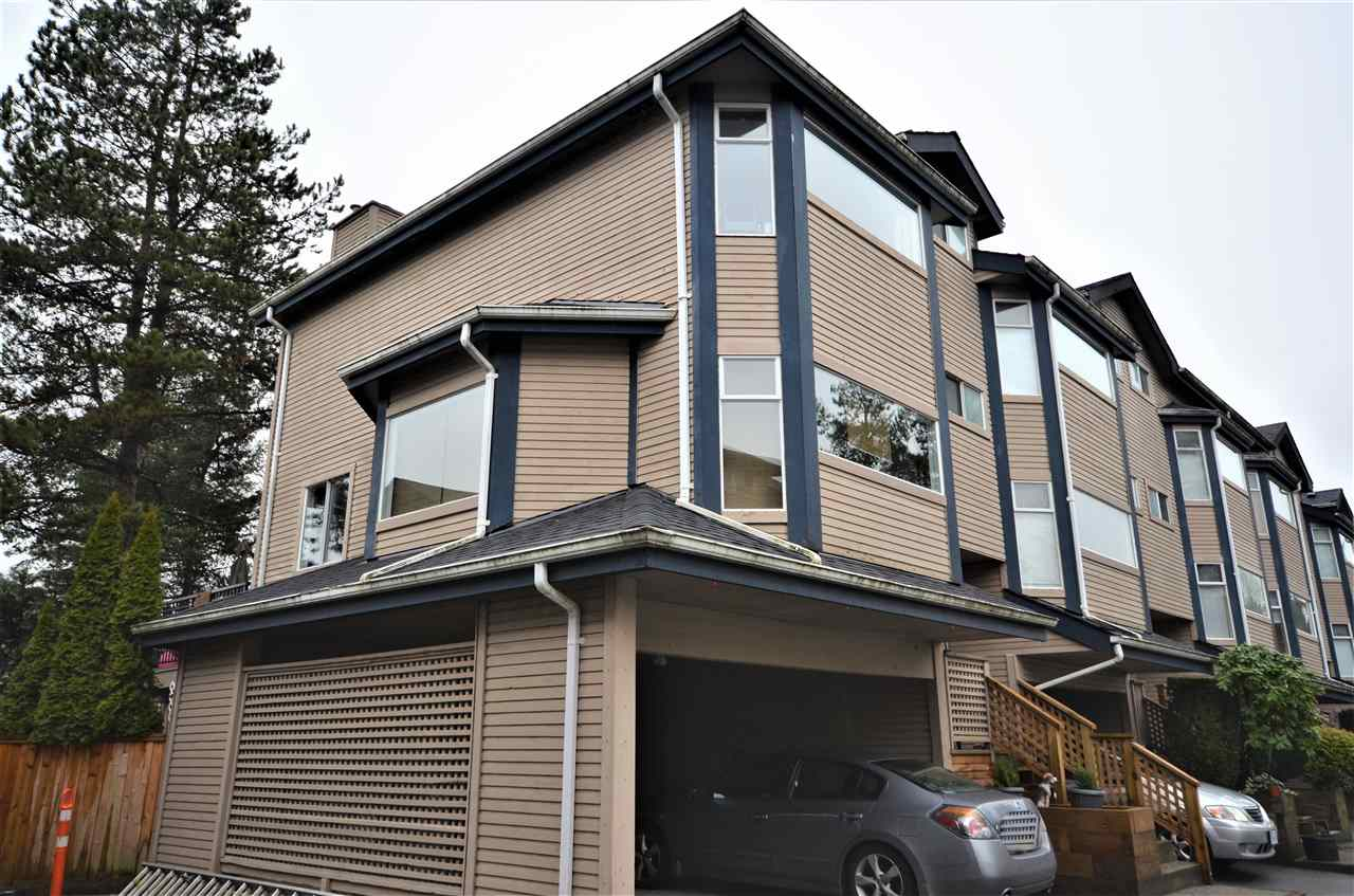 "Main Photo: 40 1195 FALCON Drive in Coquitlam: Eagle Ridge CQ Townhouse for sale in ""THE COURTYARD"" : MLS®# R2236834"