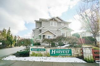 "Main Photo: 44 16760 61 Avenue in Surrey: Cloverdale BC Townhouse for sale in ""Harvest Landing"" (Cloverdale)  : MLS® # R2240281"