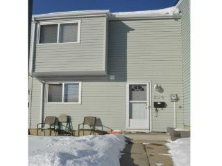 Main Photo:  in Edmonton: Zone 02 Townhouse for sale : MLS® # E4097674