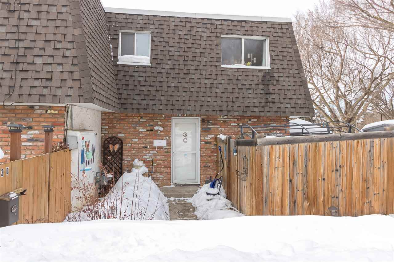 Main Photo: 3C Burnham Avenue: St. Albert Townhouse for sale : MLS® # E4099801