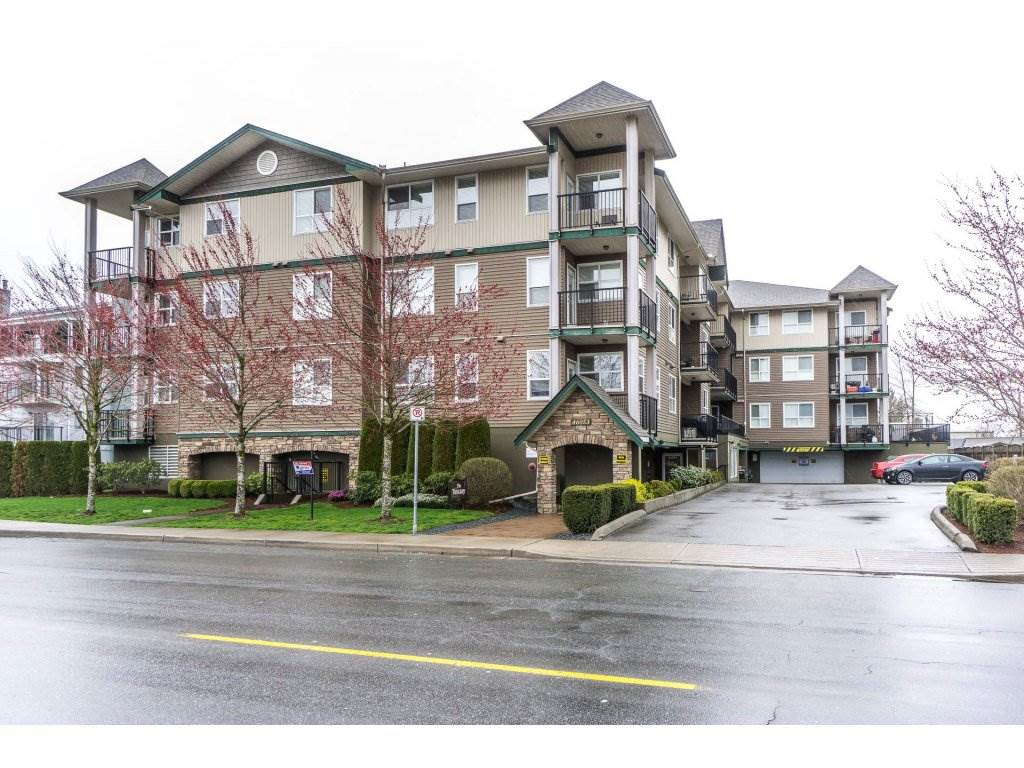 "Main Photo: 204 46053 CHILLIWACK CENTRAL Road in Chilliwack: Chilliwack E Young-Yale Condo for sale in ""The Tuscany"" : MLS®# R2251327"