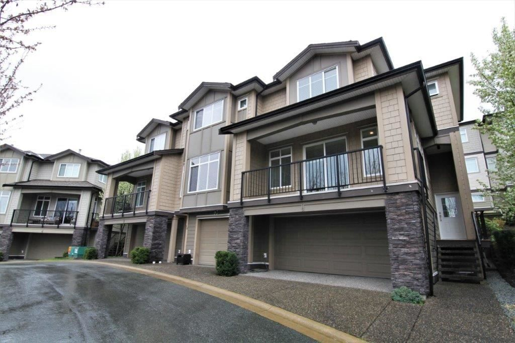 "Main Photo: 15 22865 TELOSKY Avenue in Maple Ridge: East Central Townhouse for sale in ""WINDSONG"" : MLS®# R2257927"