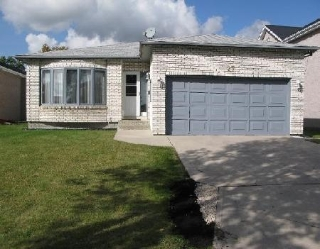 Main Photo: 27 DEERING CL in WINNIPEG: Residential for sale (Valley Gardens)  : MLS®# 2919201